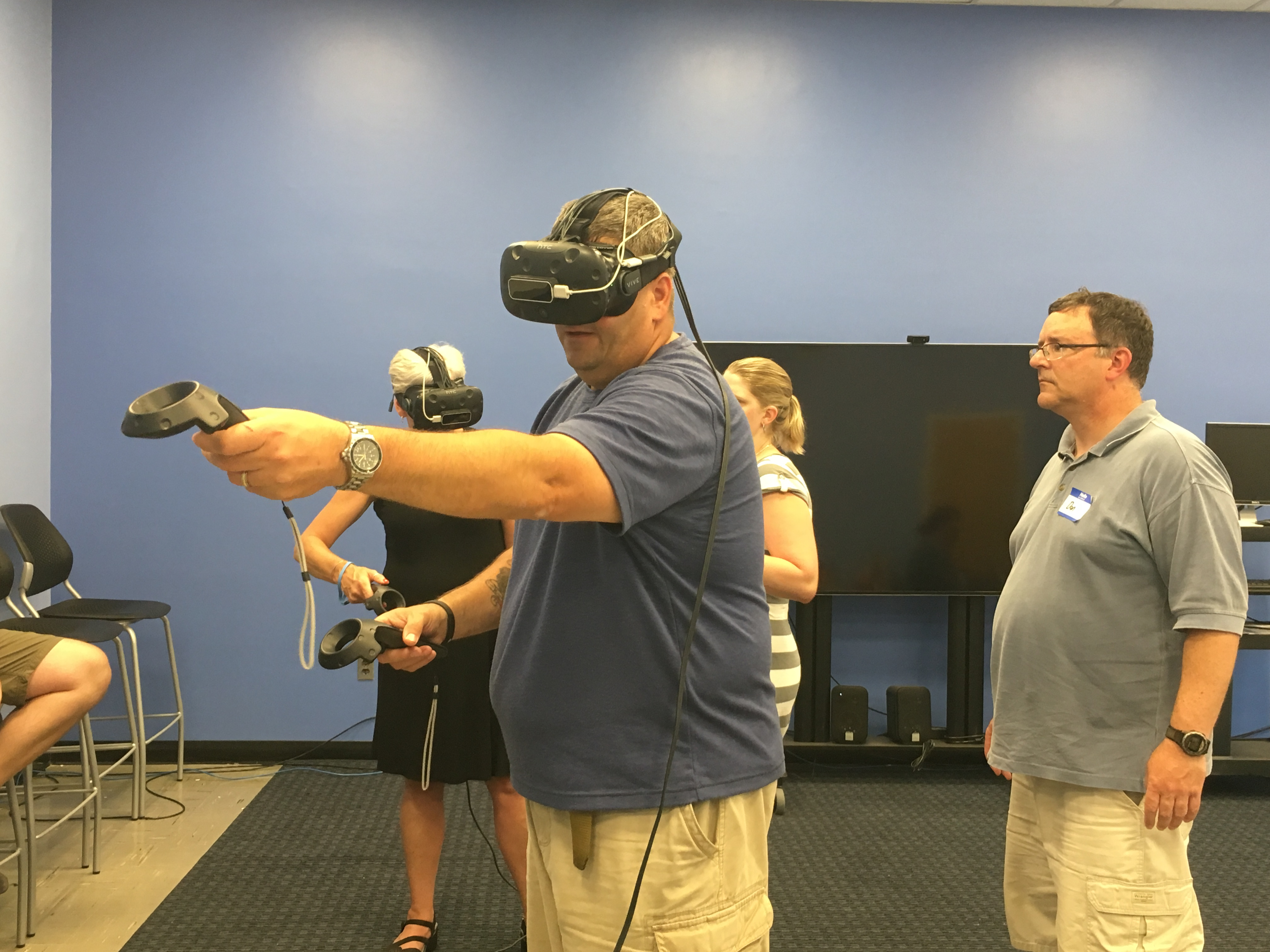 teachers using virtual reality during a summer session at the RiSE Center